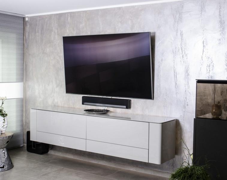 Fernsehwand-scaled